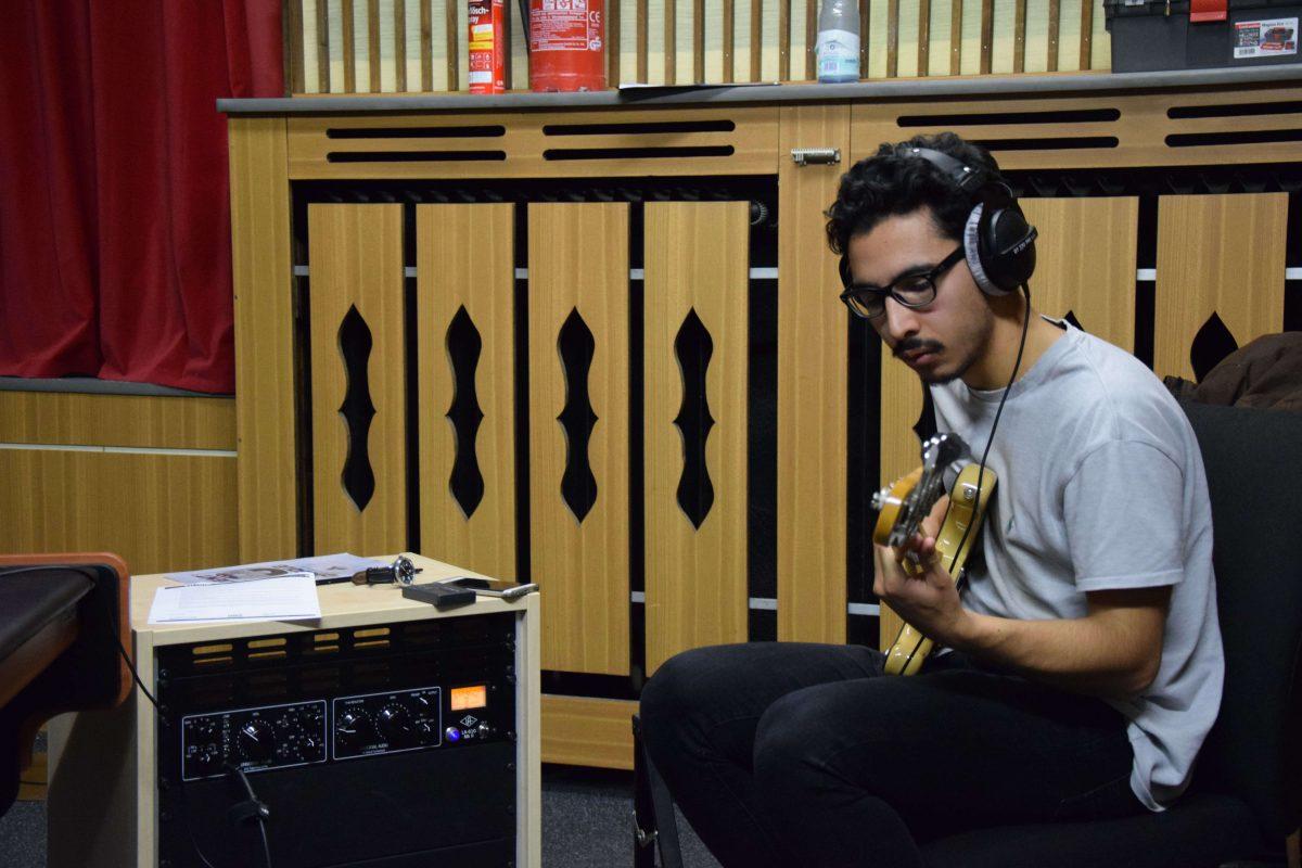 Maxi, son ampli, sa basse... Funkhaus Studio