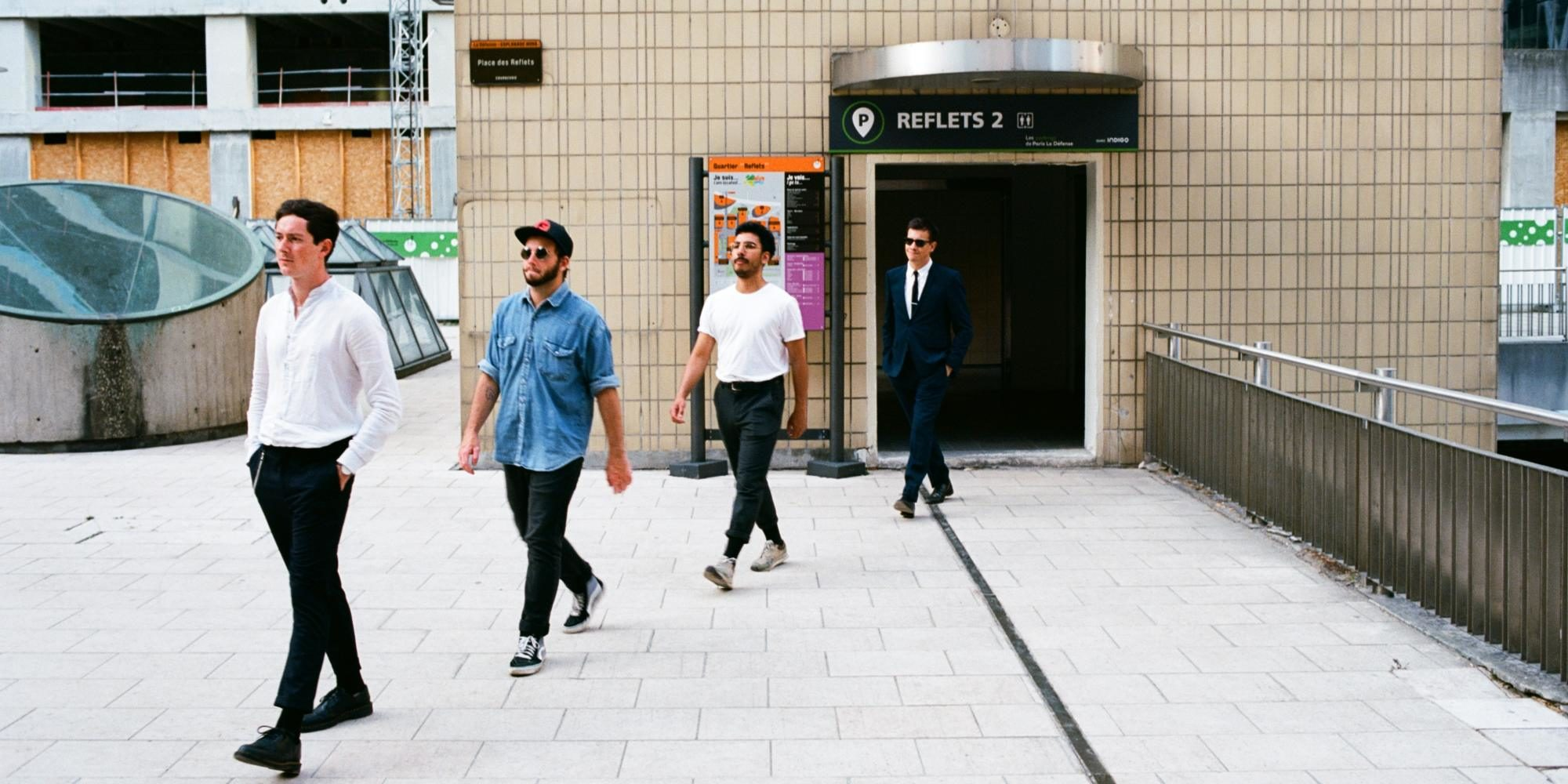 Berlin Berlin en photo shooting dans Paris en juillet 2019 pour la sortie de L'EP